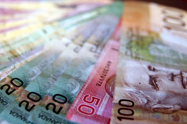 カナダ・BC州、ついに最低賃金が時給$12.65に!!