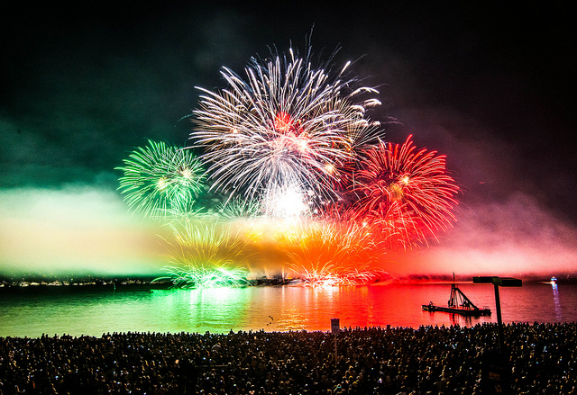 今年の夏も見逃せない!!バンクーバー国別対抗花火大会「Honda Celebration of Light」