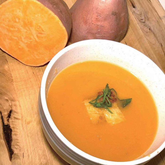 【2皿目】冬のファーマーズマーケットでよく見かける「Sweet Potato & Apple Cider Soup」|イケメン・イクメン・フレンチシェフが教えるカナダでクッキング