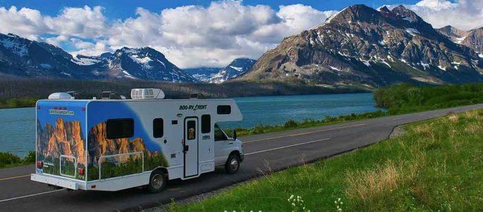 今年の夏はキャンピングカーで大自然を満喫するのはいかが!? |IACEトラベル<PR>