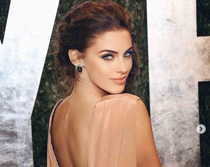 Jessica Lowndes(ジェシカ・ロウンズ)|ブリティッシュコロンビア・ピープル