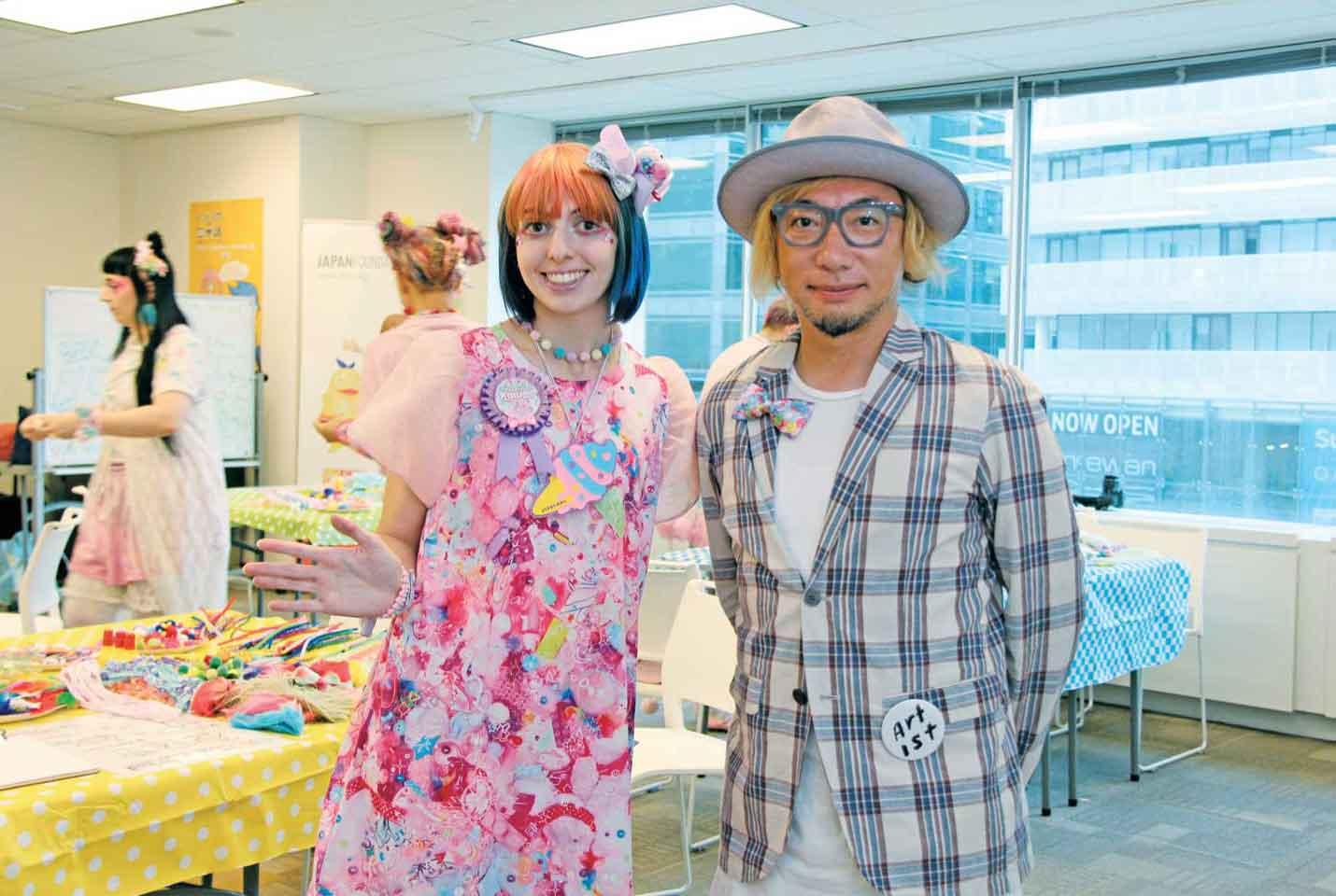 増田氏の情熱に火をつけたアレクシアさん(左)