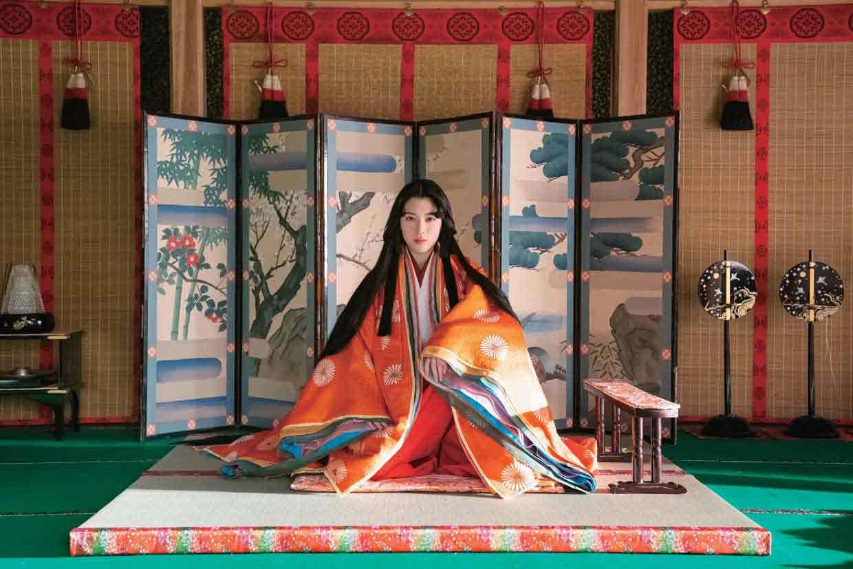 """『十二単衣を着た悪魔』 ©2019 """"The Devil Wears Juni-Hitoe Kimono"""" Film Partners"""