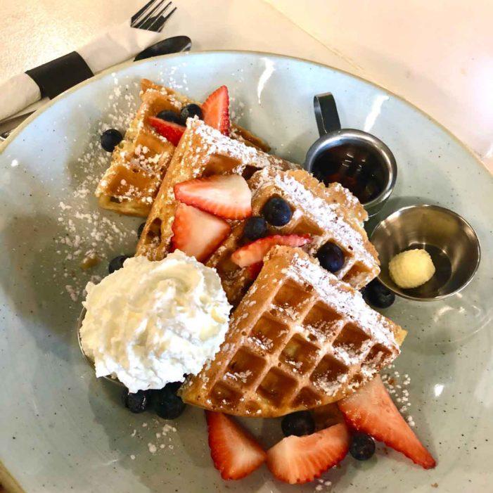 週末といえばブランチ!みんな大好きブランチ!「OEB Breakfast Co.」|UBC女子大生がおくるバンクーバーライフ