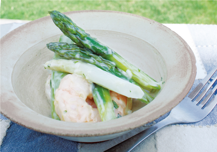 軽やか手作りマヨネーズと海老と2色アスパラガスのサラダ|うんちく好きシェフのかんたんレシピ