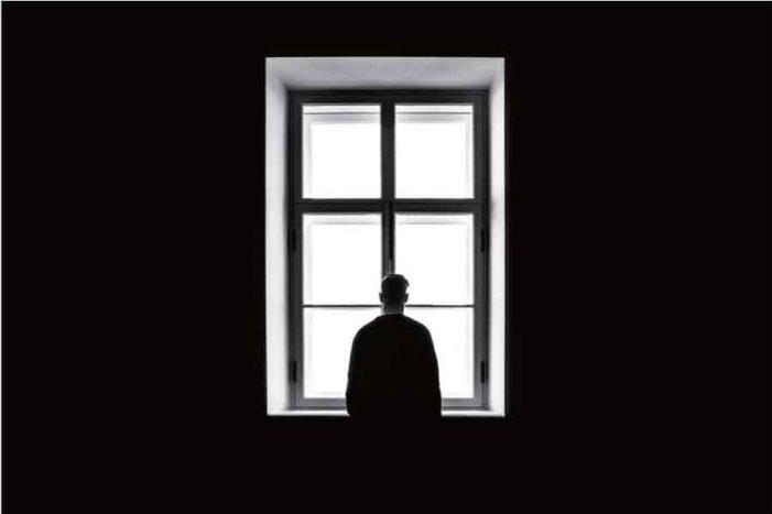トロント大学で相次ぐ 外国人留学生の自殺―メンタルヘルスケアの欠乏、学生デモの行方|特集 トロント大学「U of T」